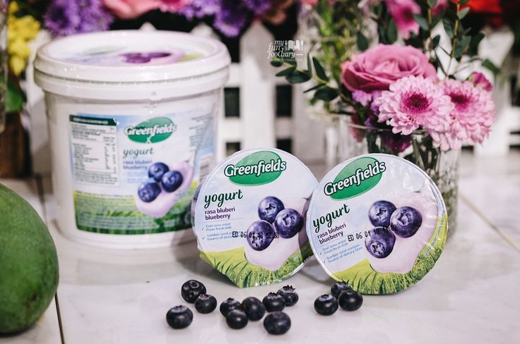 My new addiction of The Real Yogurt 💕 There are 4 yummy flavors, but the Blueberry Greenfields Yogurt is the best!! Have you tried it?  👉🏻 http://bit.ly/greenfieldsyogurt?utm_campaign=coschedule&utm_source=pinterest&utm_medium=Mullie%20Marlina