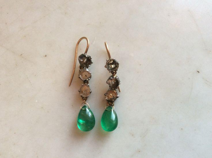Orecchini in oro argento diamanti e gocce di smeraldi Elisabetta di Marino