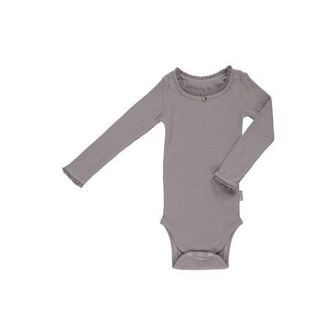 Okker Gokker organic bodysuit http://www.danskkids.com/collections/bodysuit/products/okker-gokker-organic-dusty-light-purple-bodysuit-long-sleeve