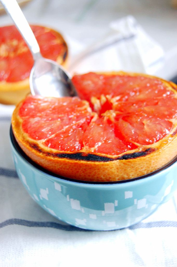 Vanilla Sugar Broiled Grapefruit | Uproot from Oregon