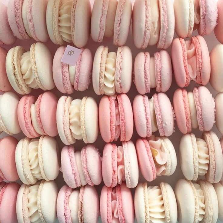 93 best images about Macarons on Pinterest | Translate from french ...
