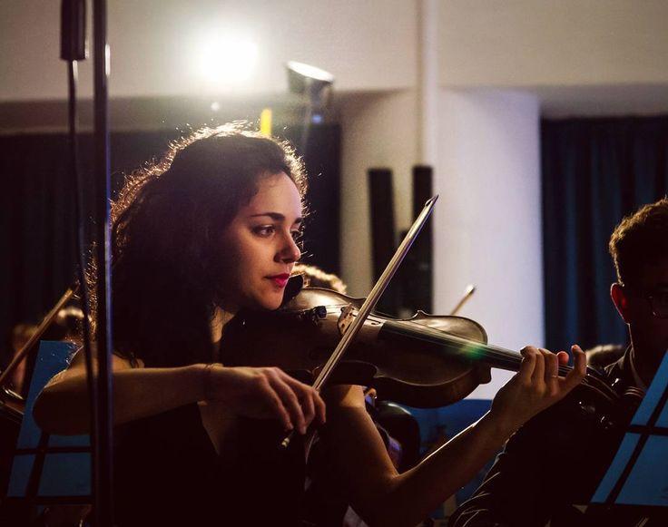 Adriana Merenda primo violino dell'Orchestra dell'Università di Pisa