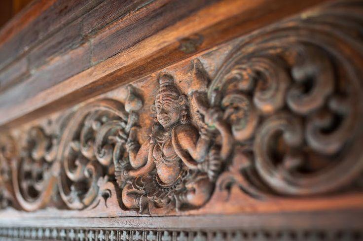#VismayaLakeHeritage #Chenganda #Kerala #India #Beautiful #Contemporary #ArtWork #Old #Religious #Wooden #Art #View #Afternoon #LuxuryTravel #LuxuryHotel #Scenic #Travel #Discover #Explore