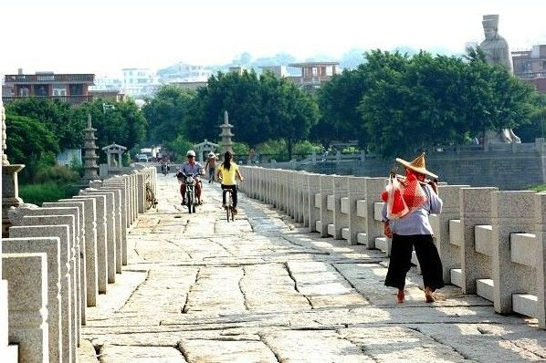 Luoyang Bridge, the oldest stone beam bridge in China