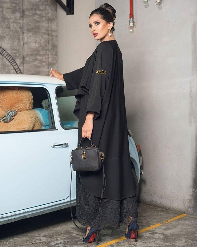 Repost Shaima Royalco With Instatoolsapp New Collection Casual Royalcollection2018 عباية لمار Abaya C Iranian Women Fashion Abaya Fashion Hijab Fashionista