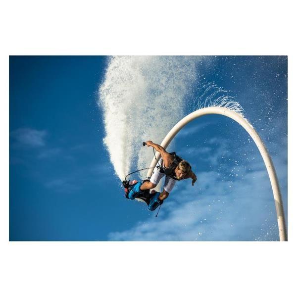 Envolez vous avec le Fly Board Zapata Racing, votre nouveau sport de l'extrême !