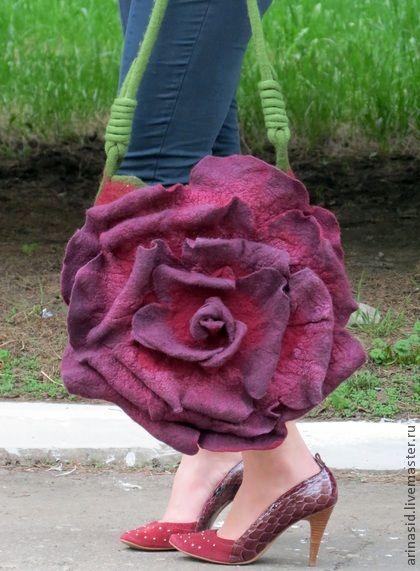 """Сумка валяная """"Роза страстная моя..."""" - бордовый,однотонный,роза,бордовая роза"""