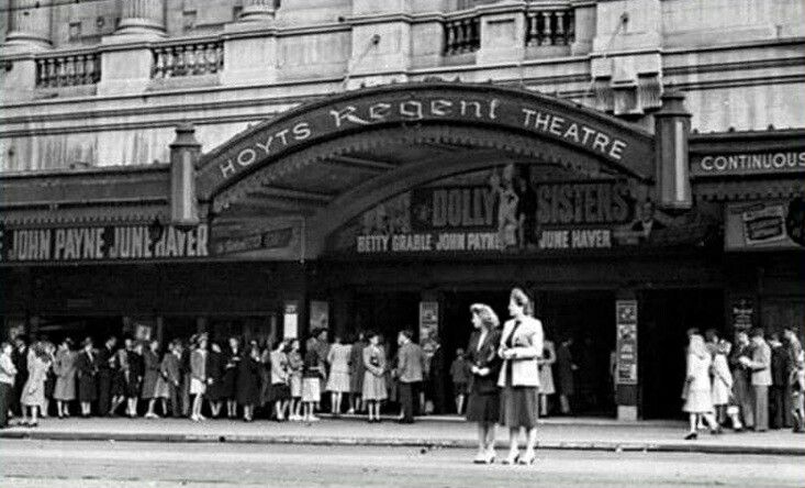 Hoyts Regent Theatre on George St,Sydney in the 1940s.
