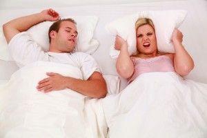 Schnarchen und Schlafapnoe – Hilfe gegen die Volkskrankheit