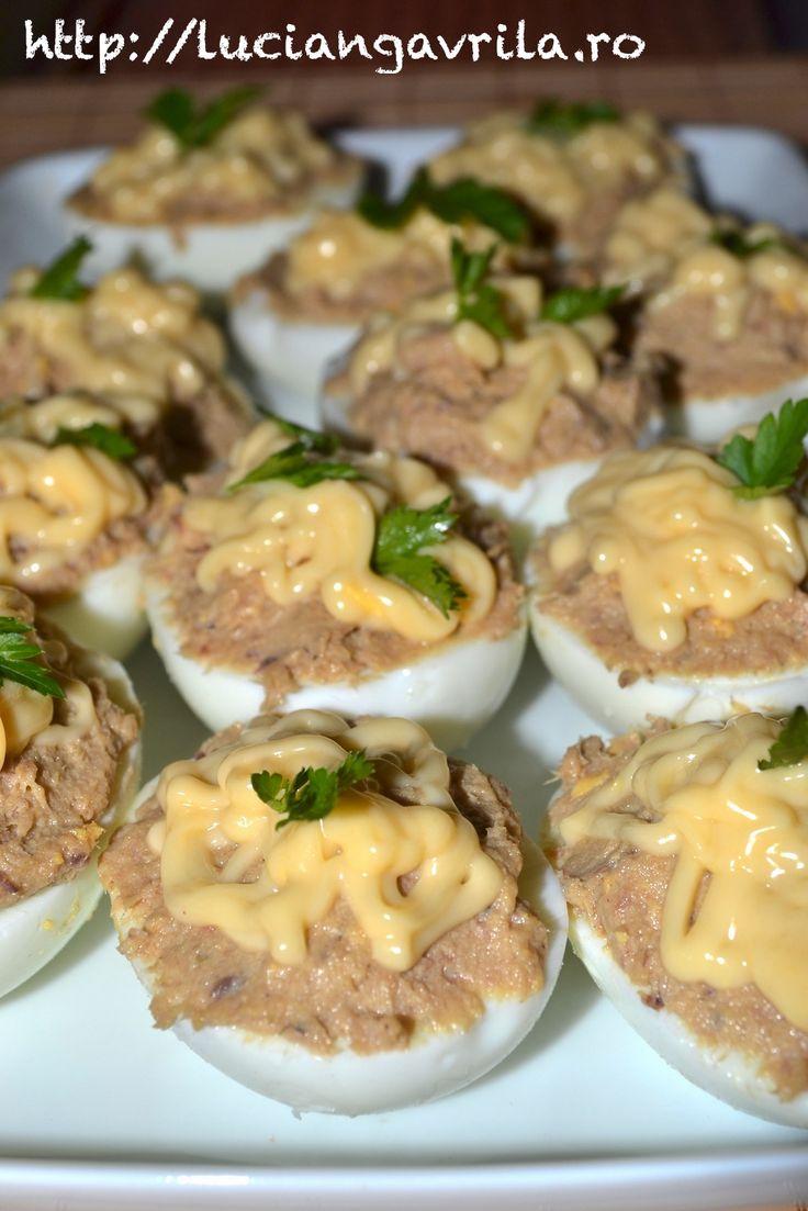 Ouă umplute cu sardele
