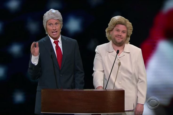 "James Corden se déguise en Hillary Clinton et traite Donald Trump de ""connard"""