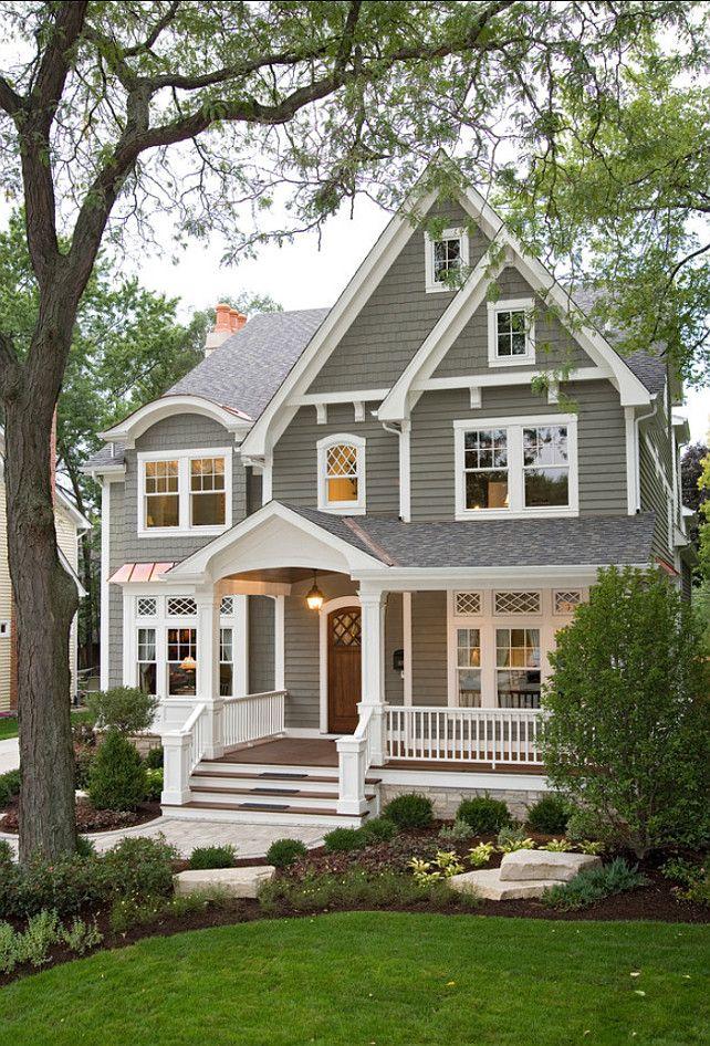 Combiniaosn de couleurs extérieur neutre classique un gris chaud des moulures blanc éclatant et la chaleur du bois très beau