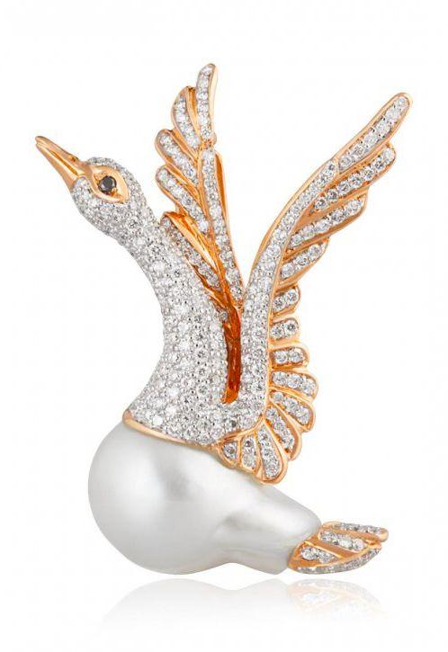 White Swan brooch by Mario Buzzanca