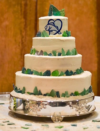 affordable wedding cakes dc 17 best images about sea glass or glass wedding on 10556