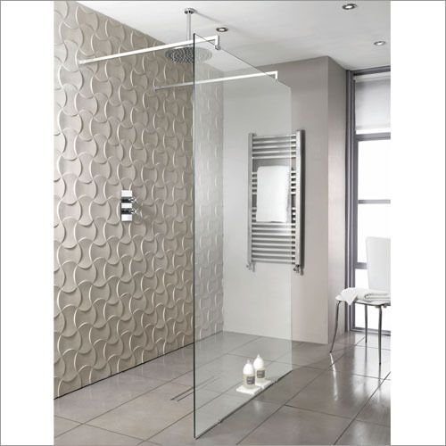Playtime walk-through shower 1400 - Drainage inset into tile flooring