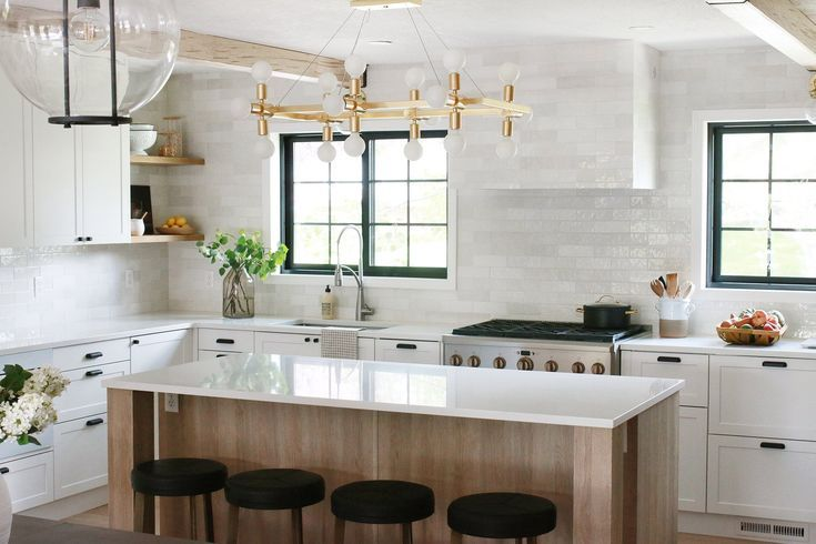 Beautiful And Functional Kitchen With Chris Loves Julia S Cove Shaker In 2020 Kitchen Remodel Kitchen Remodel Design Budget Kitchen Makeover