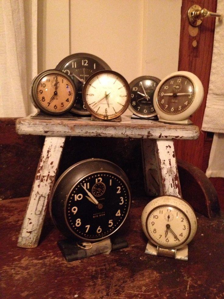 Clocks on a little stool