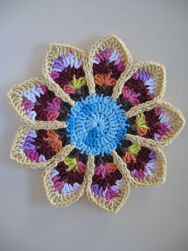 Crochet Flower Potholder Pattern : 17 Best images about Crochet patterns on Pinterest Free ...
