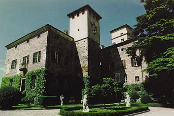 Castello di Torre Ratti a Borghetto di Borbera (Alessandria)