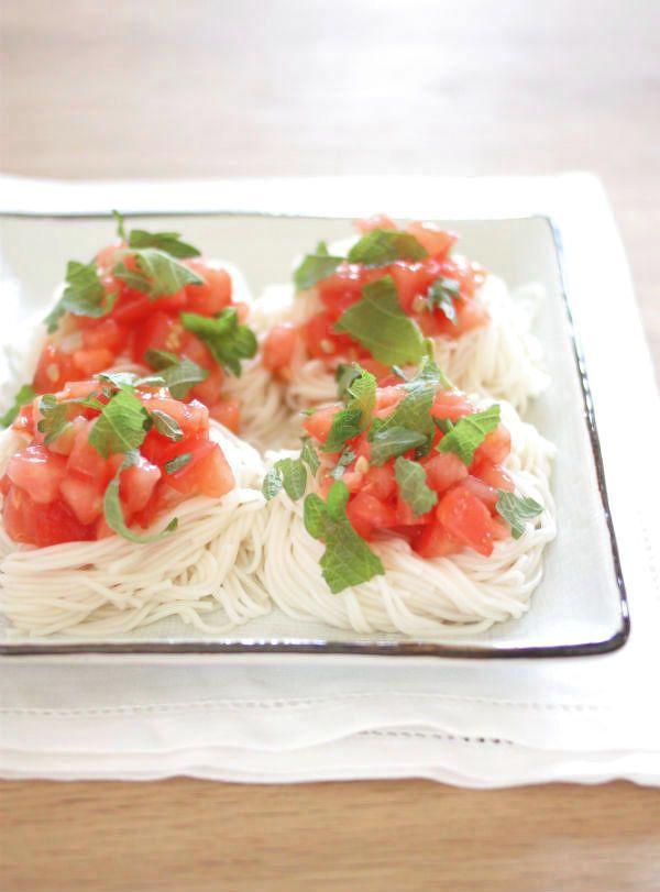 即席塩トマトだれそうめん by 山本路子(みるまゆ) | レシピサイト「Nadia | ナディア」プロの料理を無料で検索