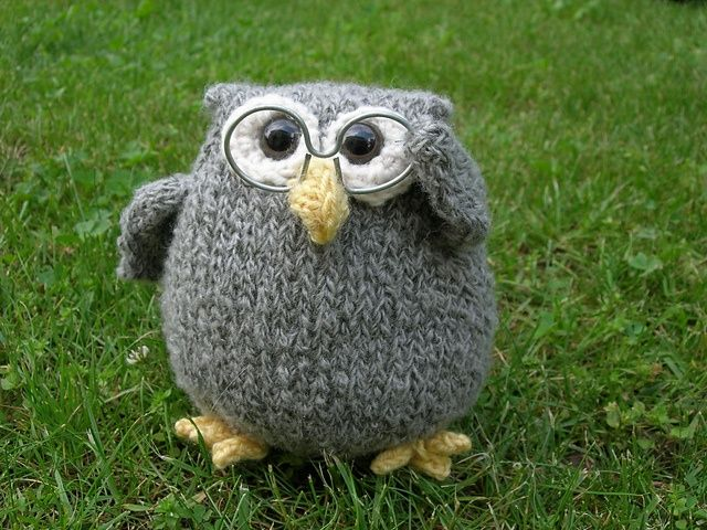 Free pattern - Ravelry: Cordell The Owl pattern by Knit-a- Zoo.