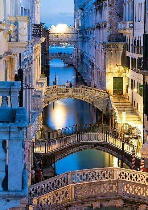 "cherjournaldesilmara: "" Ponti di Venezia ""                                                                                                                                                                                 Plus"