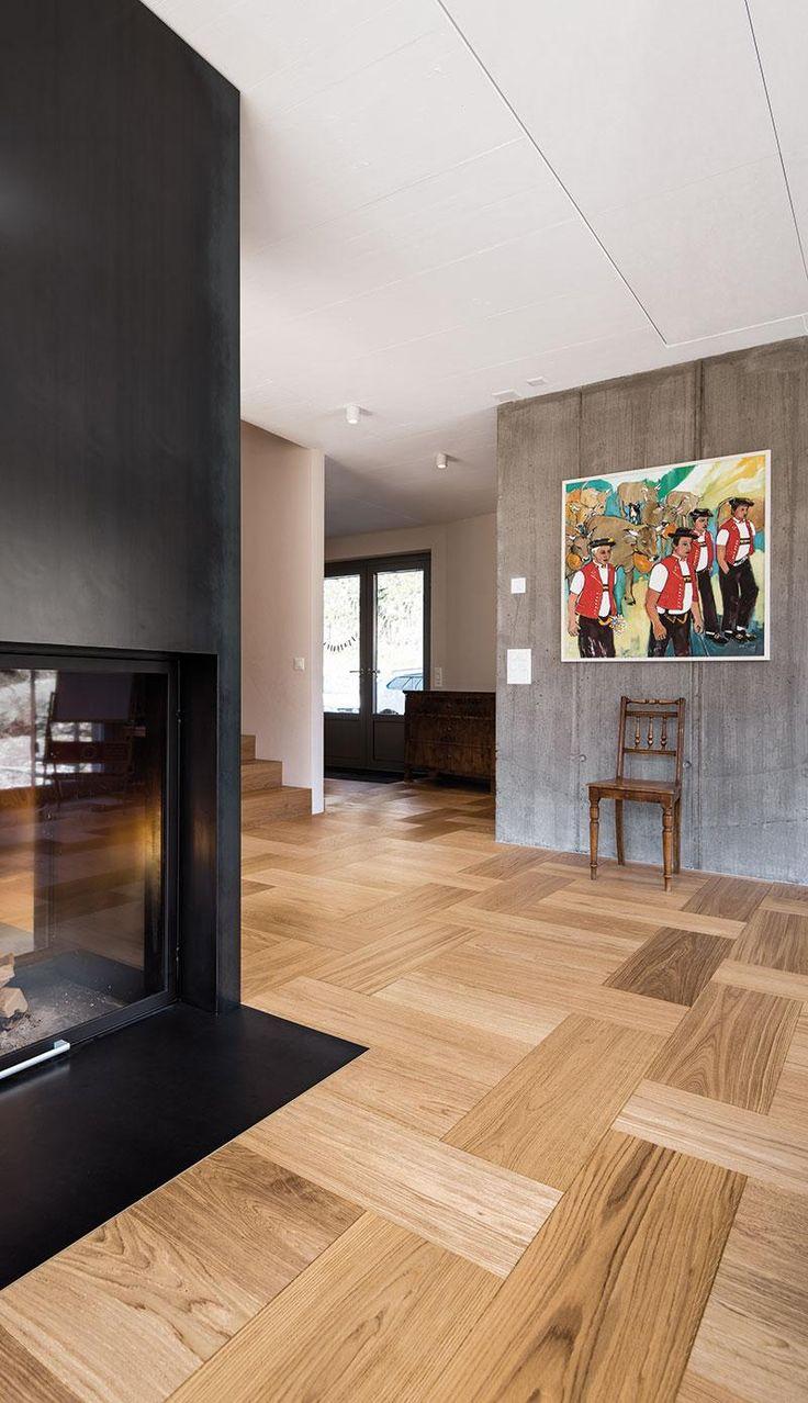 Un pavimento in legno diverso dal solito con Formpark di Bauwerk Parkett e le sue infinite combinazioni di posa.  Eccone un esempio...grazie alla sua finitura oliata e alla diversa rifrazione della luce ogni plancia di parquet valorizza tutta la sua unicità. scriveteci per maggiori informazioni