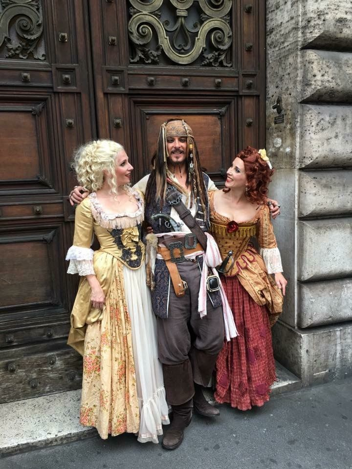 Scarlett & Giselle NL with captain Johnny MadJack in Rome