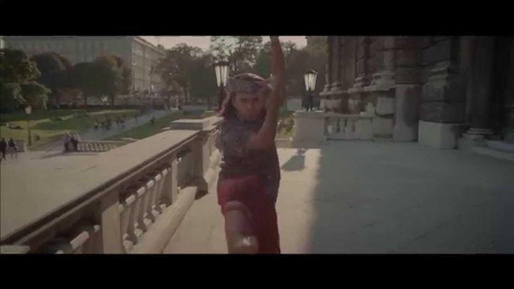 Pharrell Williams - Happy (Official International Sign Language)