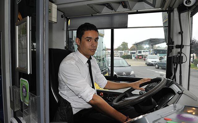 Alsa City Bus Recrute 600 Chauffeurs Chauffeur Bus City