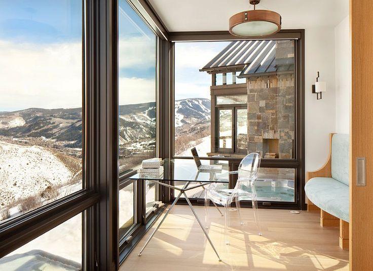Современный дом на склонах Колорадо с увлекательными видами на горы