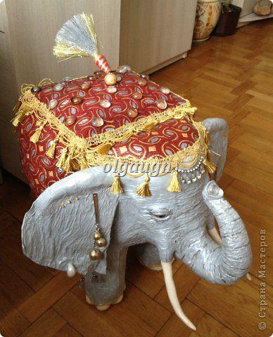 Добрый день, уважаемый гость. В этой рубрике я с удовольствием поделюсь своим творческим опытом в создании слоника-сундучка (фото 1). Размер слона 52X64 см.  фото 16