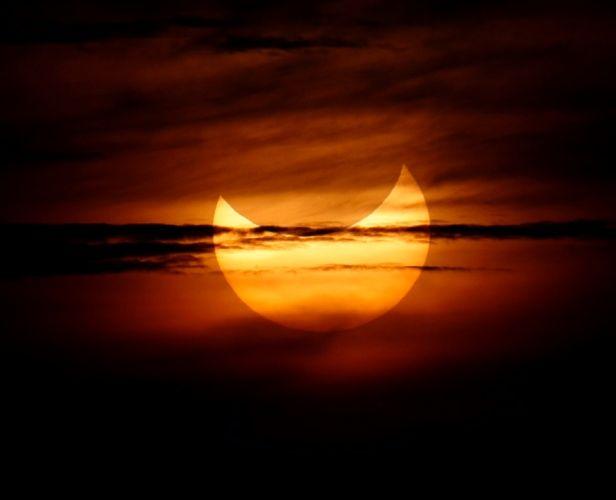 1000  ideas about Last Solar Eclipse on Pinterest | Solar Eclipse ...