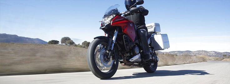 honda moto VFR CROSSTOURER TRAVEL EDITION DCT ABS my16  Per info: http://www.rent360.it/it/offerta/2162-honda-moto-VFR-CROSSTOURER-