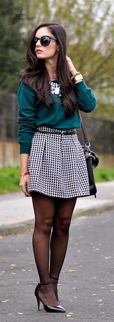 ...Houndstooth Skirt...     http://www.petitsweetcouture.com/2013/12/houndstooth-skirt.html