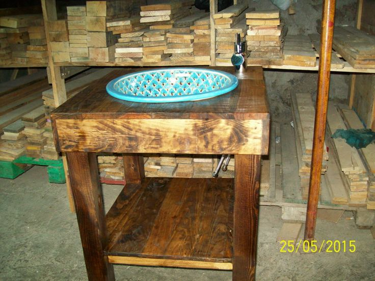 153 best pakopallets images on pinterest recycled wood for Muebles para lavamanos