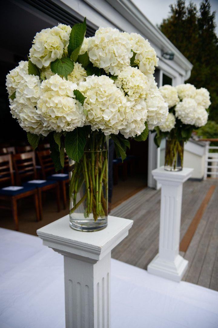 Amaranth Photography - wedding ceremony flower idea