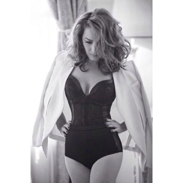 Ayça Bingöl is wearing our #o2nd jacket on Elele June issue! Thank you Ayşe Yılmaz  http://shopigo.com/brands/o2nd
