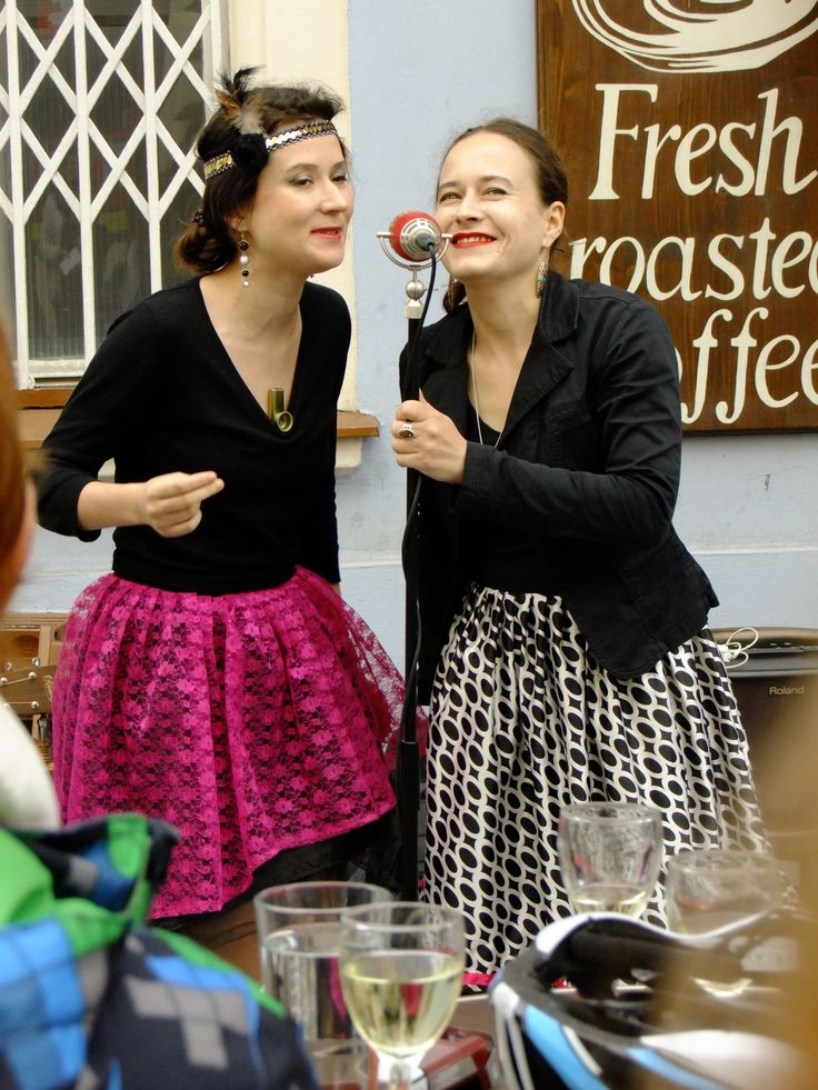 Hot Sisters