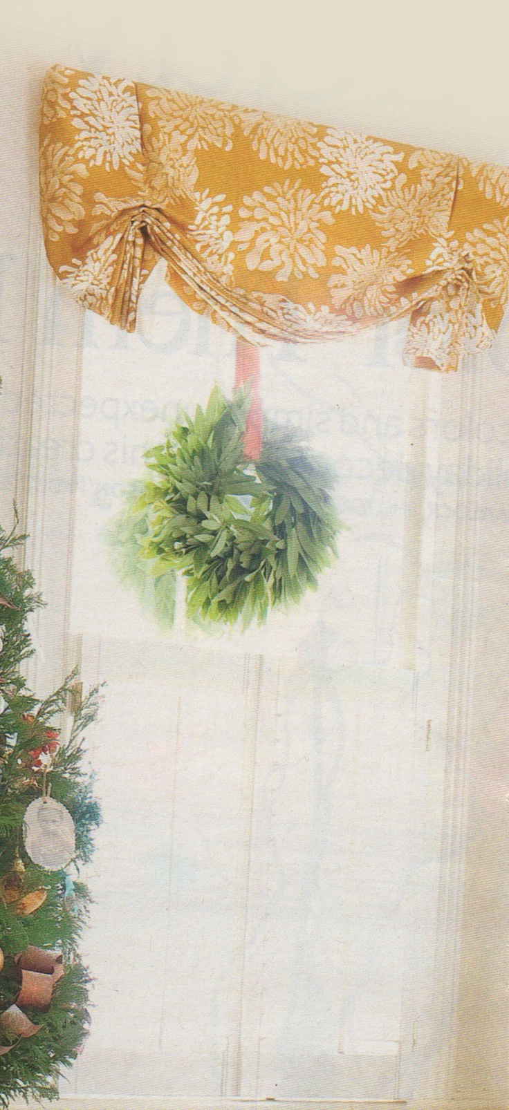 Balloon curtains kitchen - Window Wreath With Balloon Curtain Kitchen French Country
