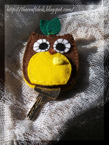 It was loads of fun making the apple key-chain , so I figured I should make one more and as you might have figure I made one shaped as an ow...
