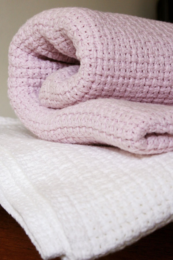 Cellular Weave Baby Blankets form Mungo.