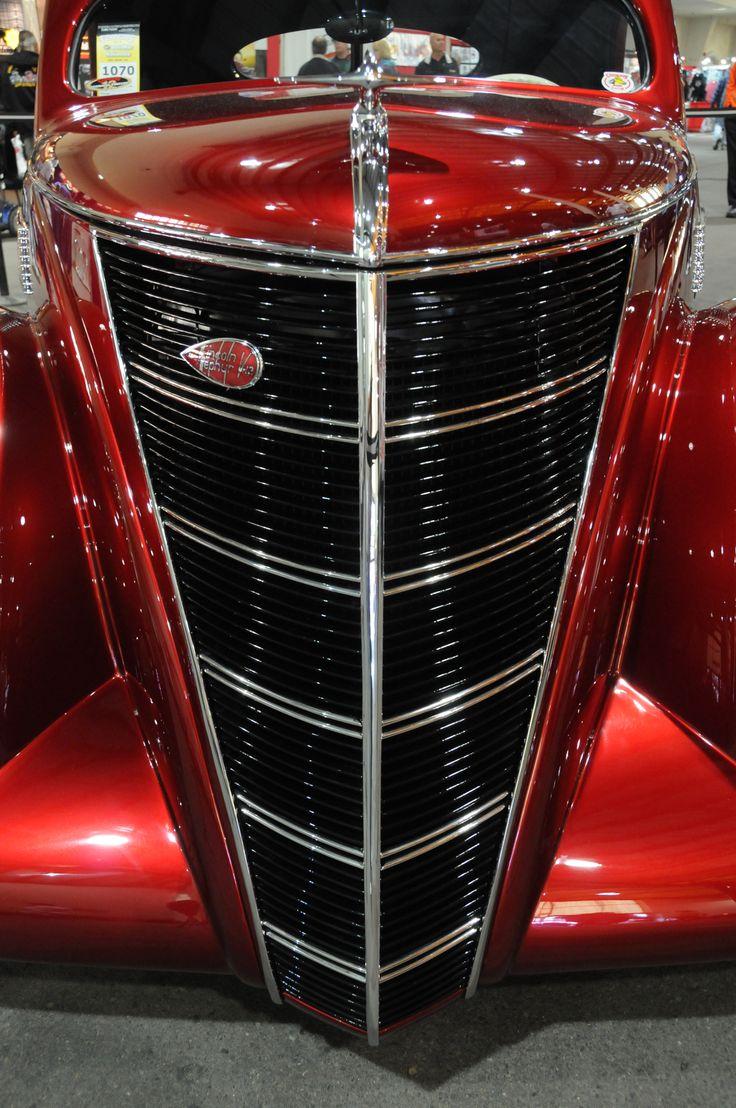 1937 Lincoln Zephr V-12 Custom at the Del Mar Car Show, Del Mar, California.  Photography by David E. Nelson