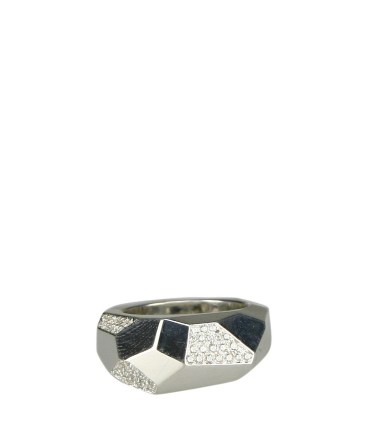Silver multifaced ring with zircons