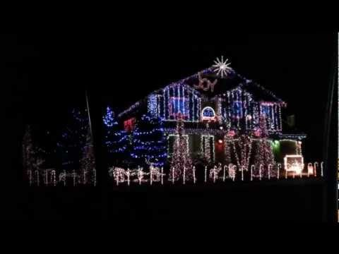 "This house was amazing! This is a house in Meridian, ID synchronized to Dubstep and some other Christmas songs.This video shows the dubstep. Its skrillex at about 2 minutes. Worth the watch! For more videos and info go to www.cornellchristmas.webs.com check them out    ""Skrillex-Bangarang (feat. Sirah)"", sound recording administered by:  WMG     1st ..."