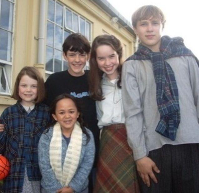 Georgie Skandar Anna William. Behind the scenes   {Narnia ...