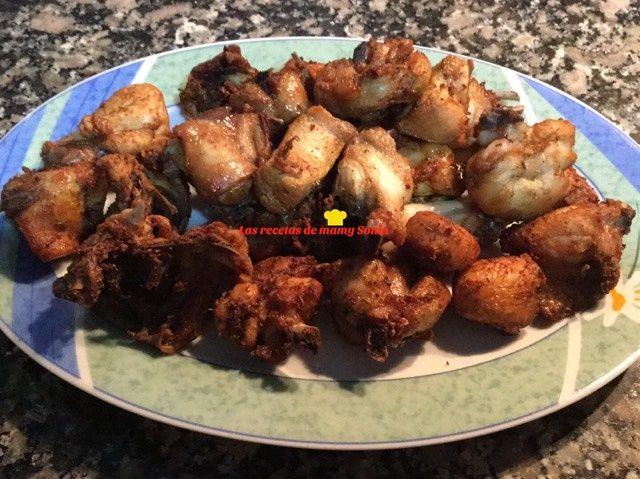 Hoy os traigo unas de las formas de hacer pollo que más me gusta, ainss que ricura uff jajajaja, una receta sencilla, que lo único que te...