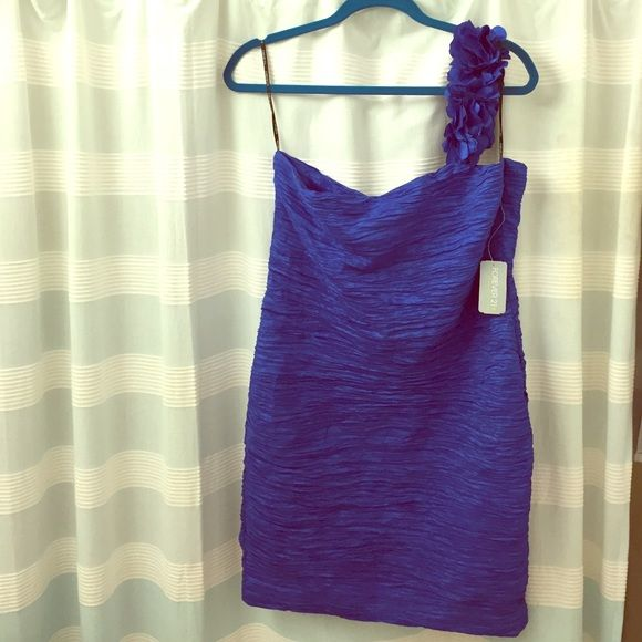 Short Length Bright Cobalt Dress Size 1X bandage like dress. Very flattering. Forever21 Plus. New. Tags on. Great color. One sleeve. Forever 21 Dresses Mini
