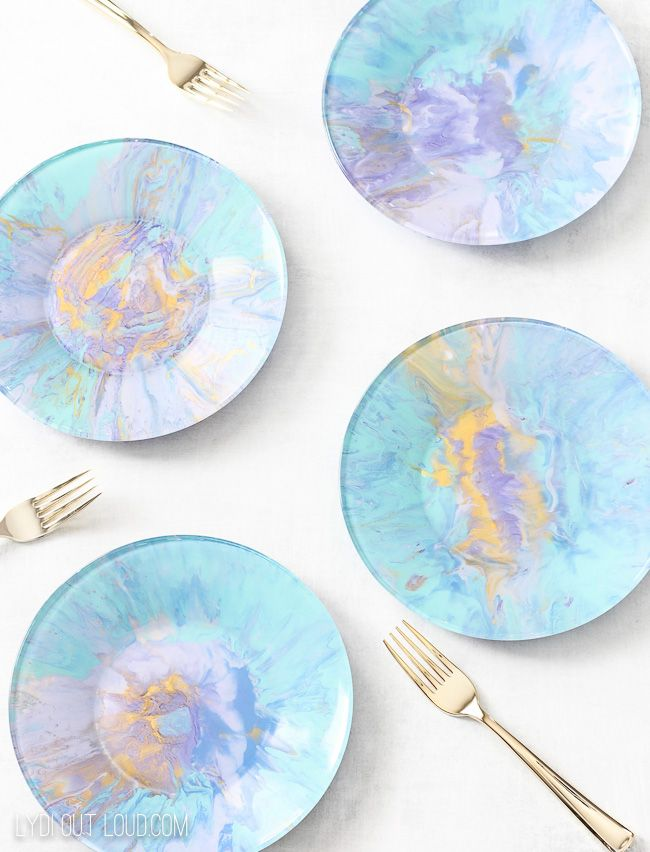 Diy Marbleized Appetizer Plates Diy Gifts For Friends Decorating On A Budget Plates