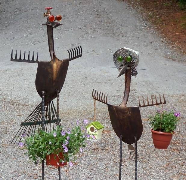 Not sure if this belongs under gardens or crafts . . . fun use of old tools to make art. Garden art Mr and Mrs Goose made from old garden tools by Never Blue Forge